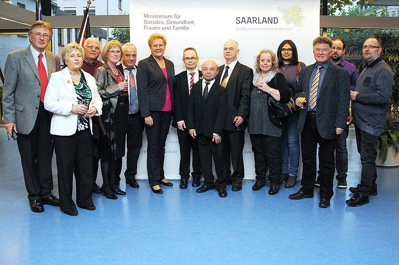 Verleihung Bundesverdienstmedaille 2016 durch die saarländische Gesundheitsministerin Monika Bachmann an Martin G. Müller.