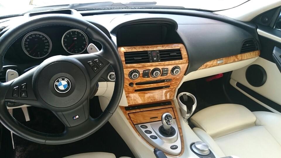 BMW M6 インパネです。