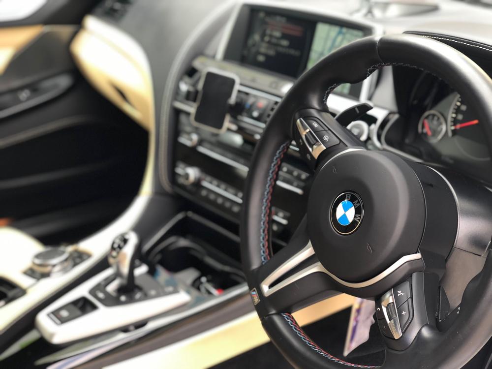 BMW M6 インパネ