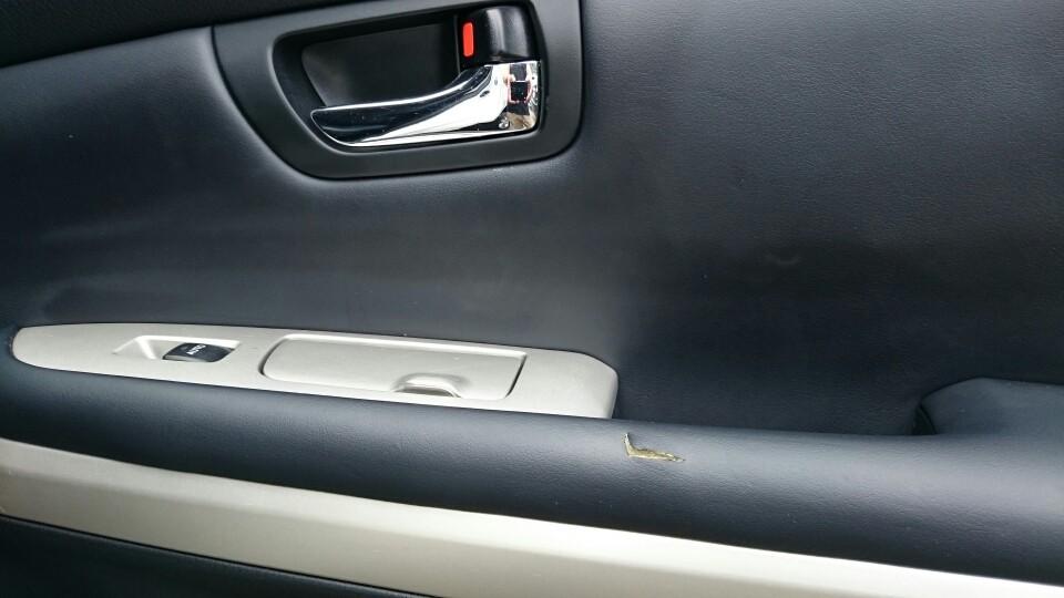 運転席側後部ドア 補修前
