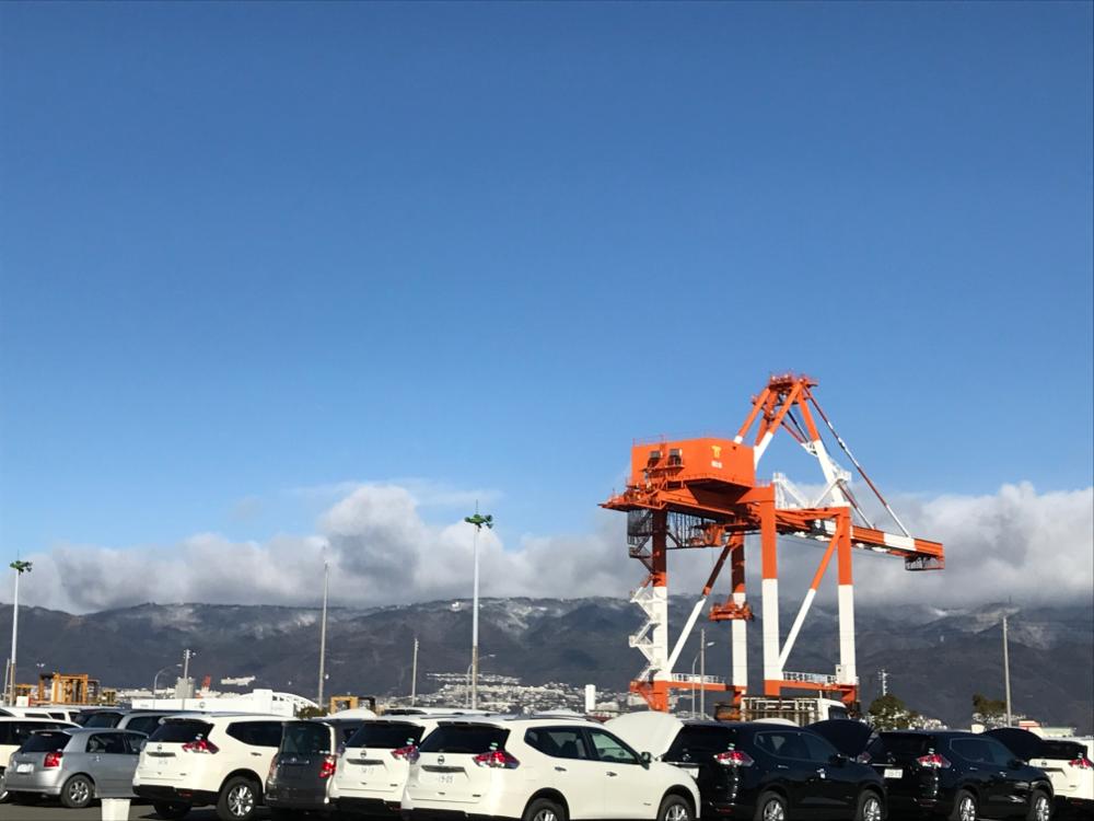 港から六甲山を
