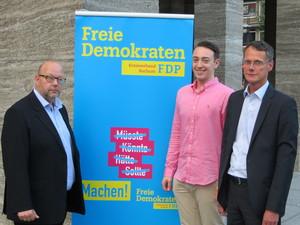 Bundestagskandidat Olaf in der Beek, Landtagskandidat Léon Beck und Landtagskandidat Dr. Volker Behr (v. l. n. r.).