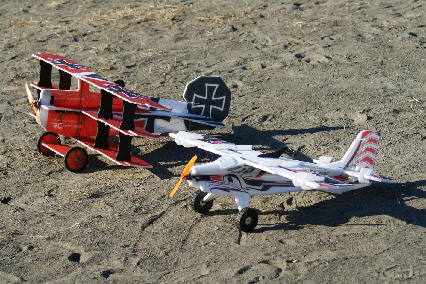 RC-Factory Crack Fokker Dr.1 Triplane &     Crack Turbo Beaver
