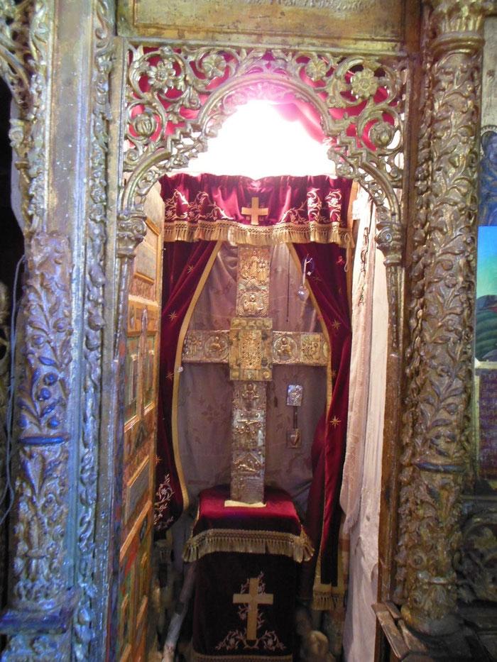 Die Heilig-Kreuz-Reliquie im Stavrovouni-Kloster auf Zypern.