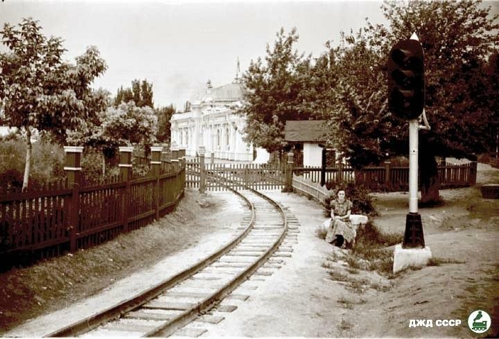 Вхідний світлофор станції Піонерська