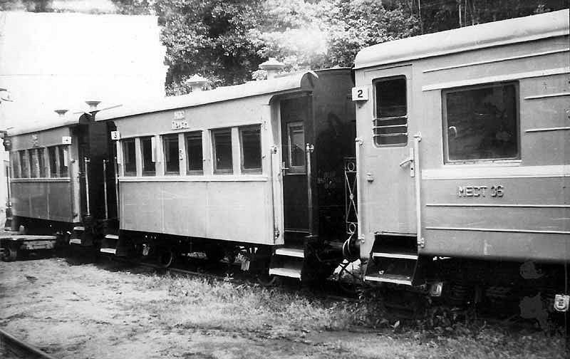 Пасажирські вагони