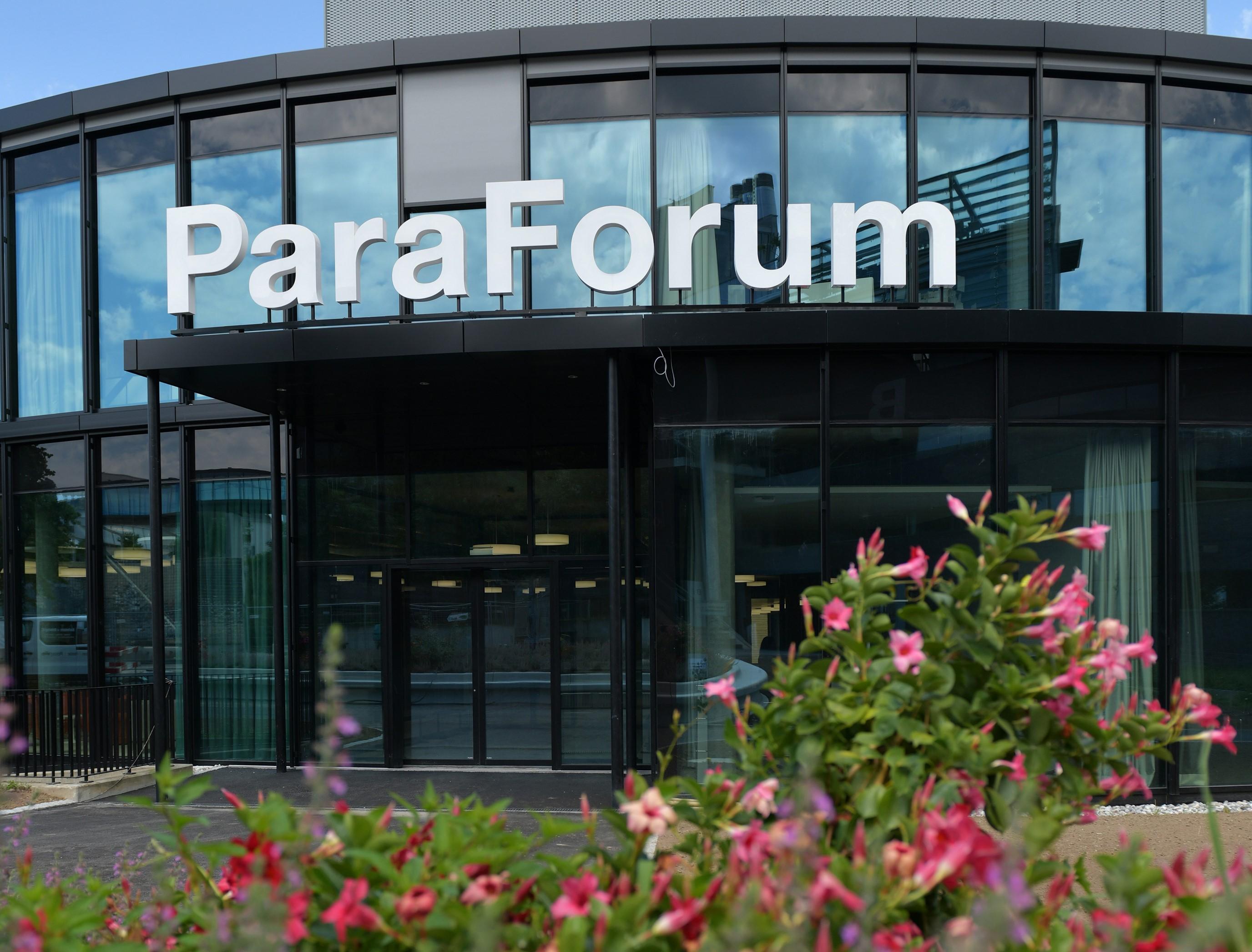 Visualisierung des Besucherzentrums ParaForum. Architektur: Hemmi Fayet Architekten. Visualisierung: nightnurse images GmbH