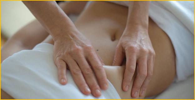 Massage Chi Nei Tsang dérivé du Qi-Gong, propose par Pierre Villette enseignant Qi-Gong et Praticien Chi Nei Tsang