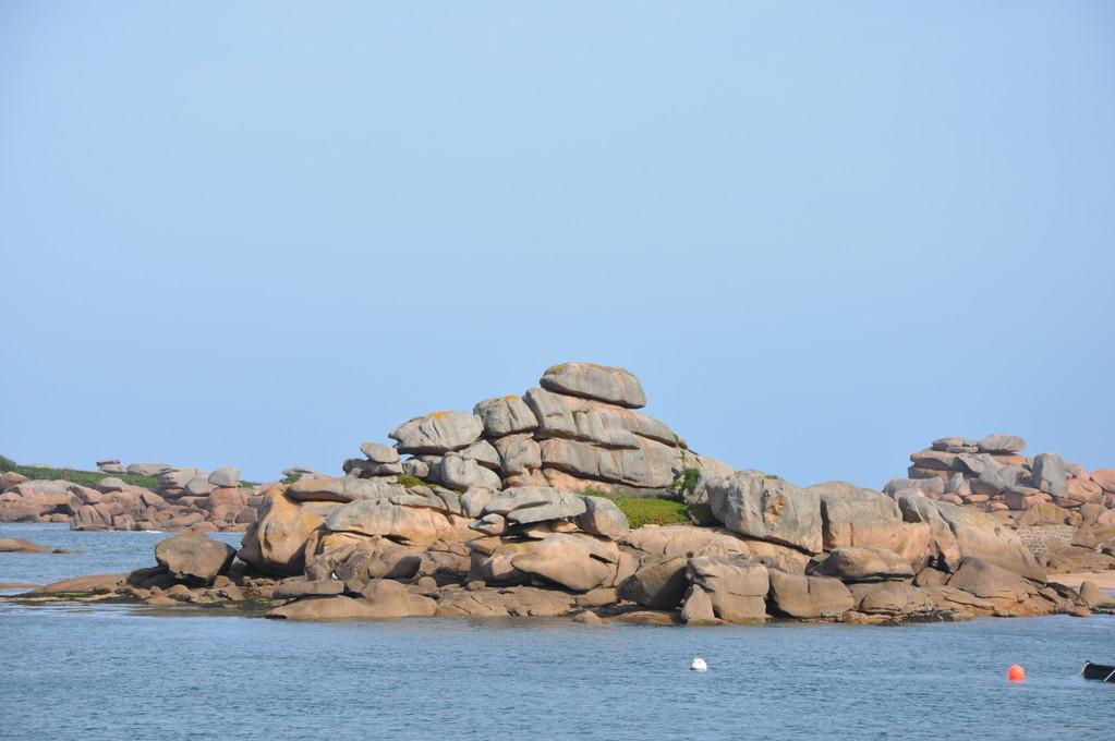Drôles de rochers à Ploumanac'h !