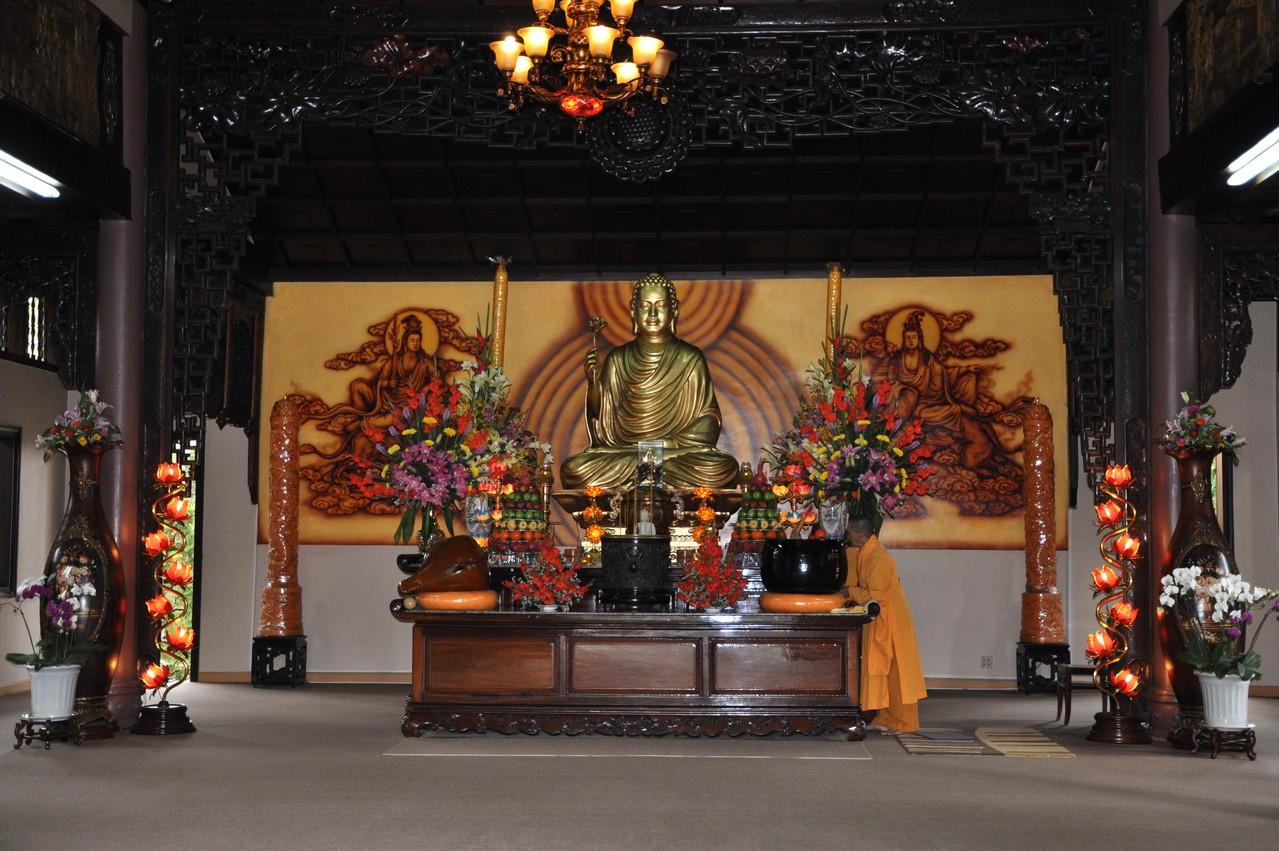 Dalat : Dans une pagode du Centre de Méditation de la Forêt de Bambous
