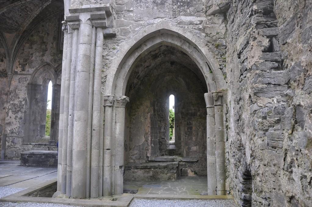 Corcomroe (monastère cistercien du 12ème siècle)