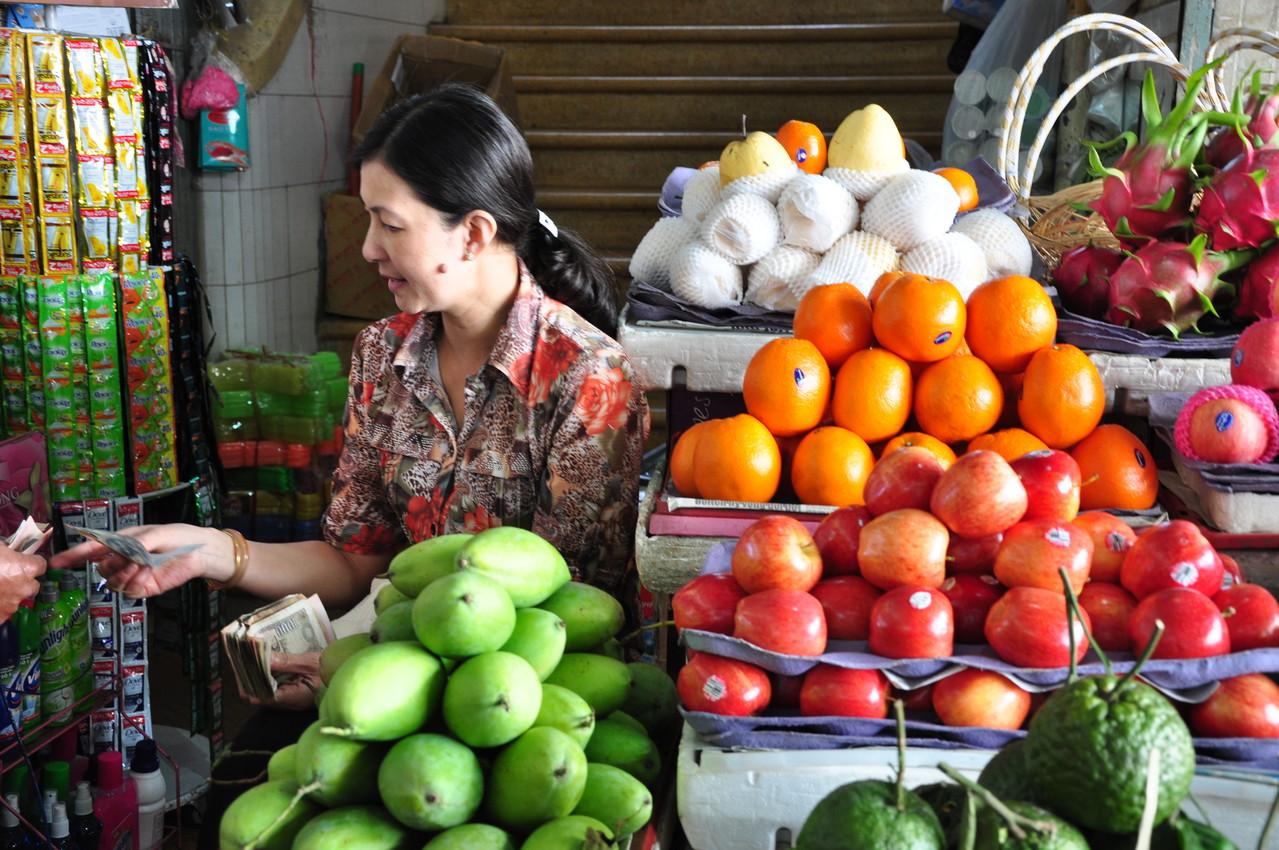 Dalat : bonnes affaires au marché