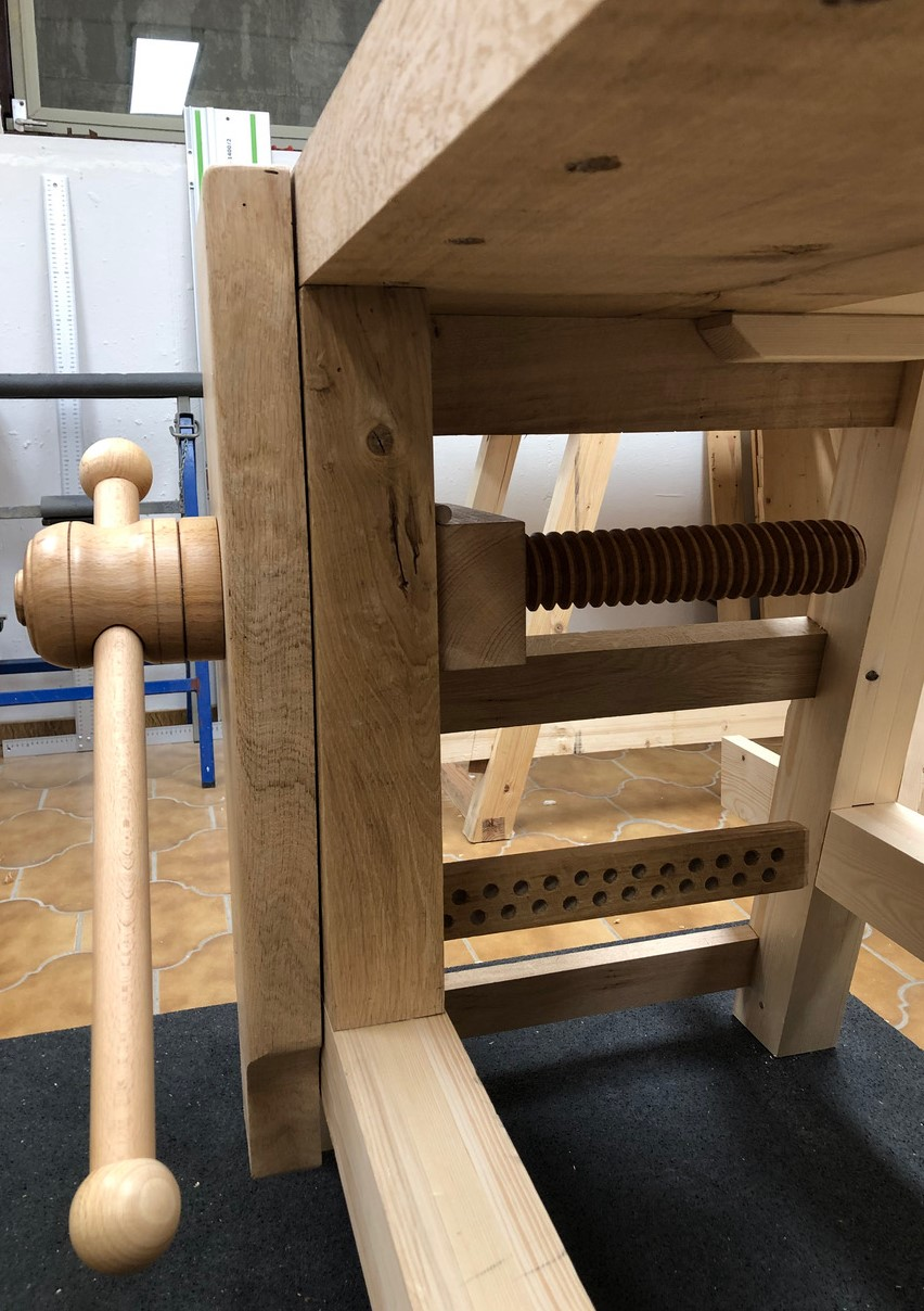 Moravian Workbench with wooden vice screw, made by Christoph