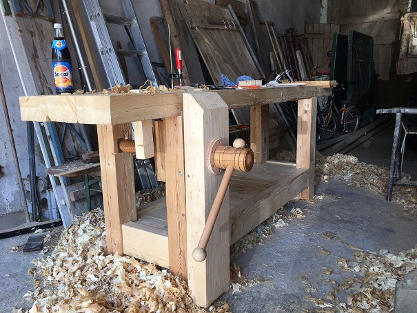 French Workbench with wooden vice screw, made by Harald