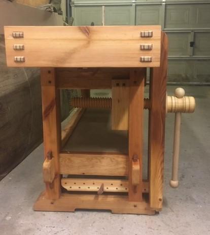 Leg vice and wooden vice screw at the Samurai Carpenter workbench