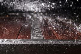 Dimaro Edelstahlmöbel Oberflächen Regen