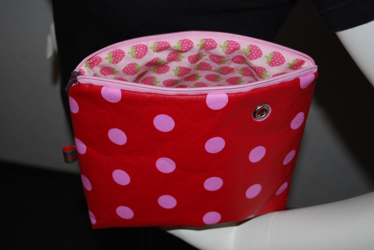 rot-rosa/innen rosa mit erdbeeren