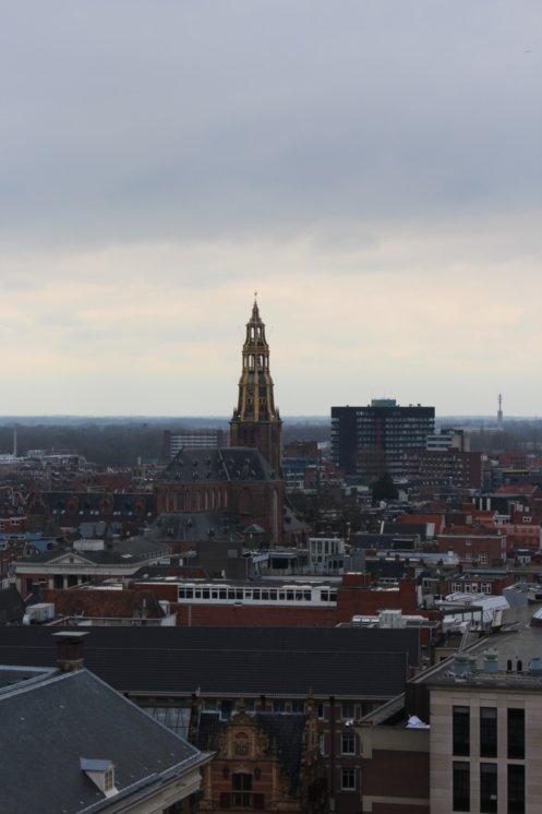 Vom Martinsturm aus genießt man diese Aussicht über die Stadt Groningen.