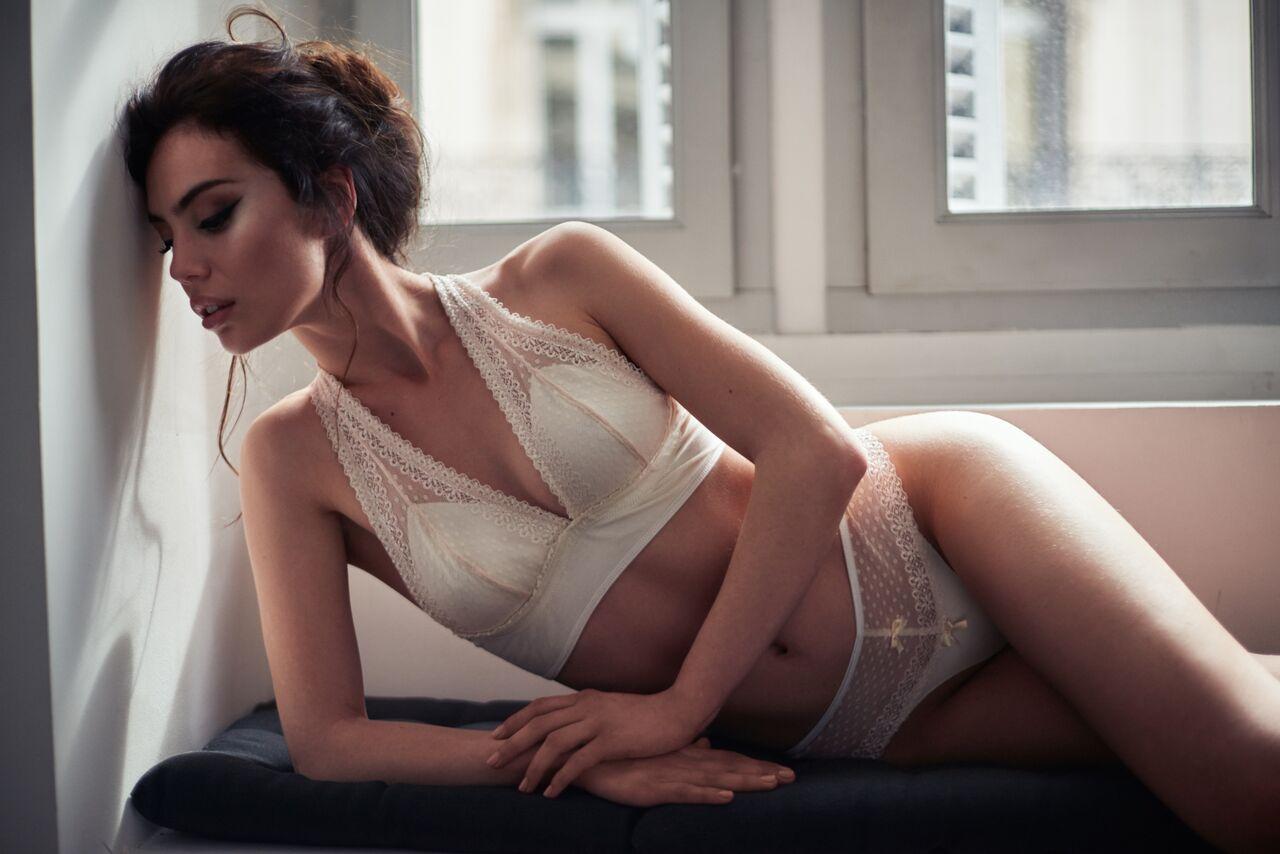 modèles de lingerie non nue gros Mésange squirt porno