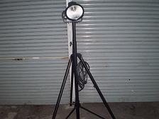 一番最初に導入した人工太陽灯に近い照明機 現在8基 主に出張に作業に使用