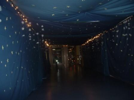 Ecco il tunnel per entrare nel magico mondo di Babbo Natale...