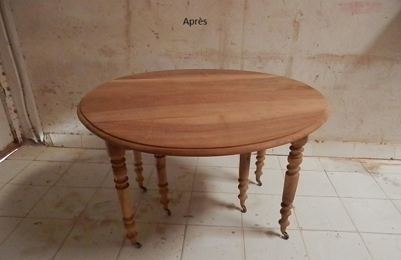 Table noyer décapée