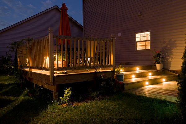 Seamlessly transition from daytime gatherings to evening conversations by adding the warm glow of LED stair and deck lighting. The sophisticated lights are easily installed in new or existing outdoor structures.