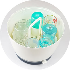 Sterilisator von Mam, Babyflaschen sterilisieren, Sterilisator-Baby notwendig?