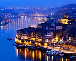 Ночной город Порту