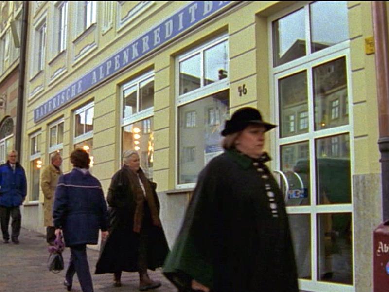 "Aus der Folge 19 ""Berg der Begierden"""