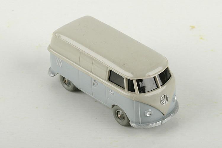 Wiking VW T1 Kasten kieselgrau/silbergrau - ZUSCHLAG Auktionshaus Wrede 300,– Euro