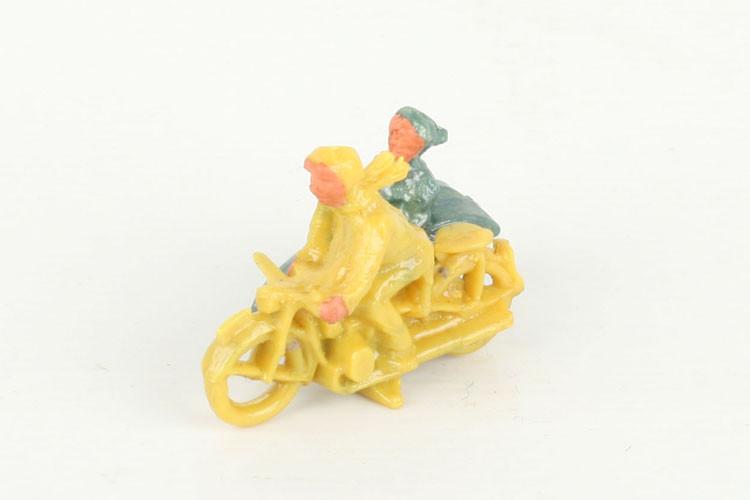 Wiking Motorrad mit Beiwagen gelb - ZUSCHLAG Auktionshaus Wrede 650,– Euro