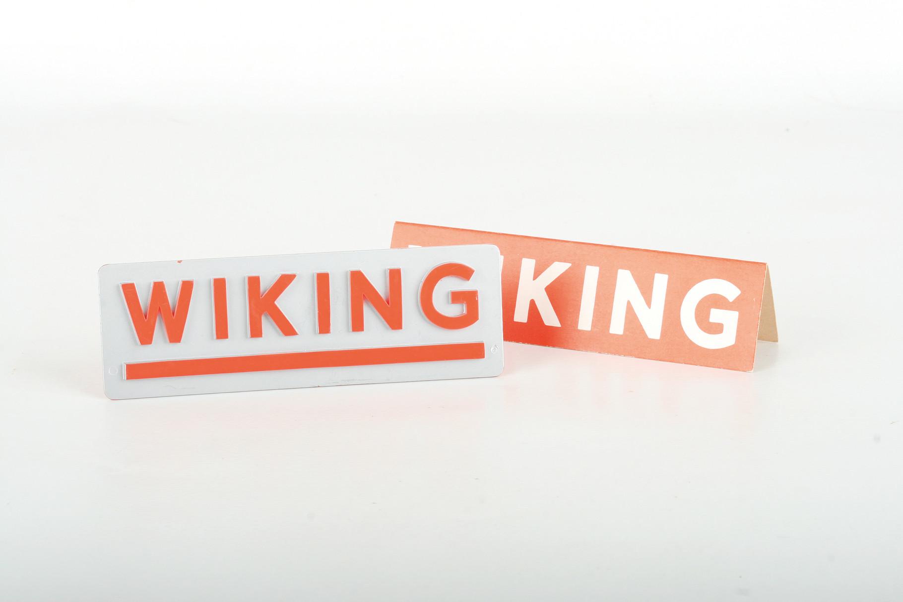 Wiking zwei Werbeaufsteller - ZUSCHLAG Auktionshaus Wrede 220,– Euro
