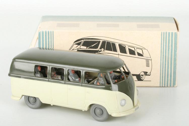 Wiking 1:40 VW Bus olivgrün/hellgrünbeige - ZUSCHLAG Auktionshaus Wrede 550,– Euro