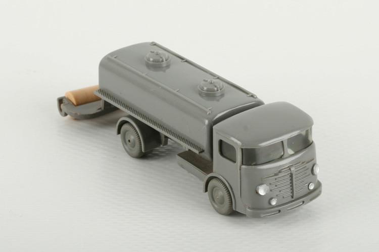 Wiking Büssing 4500 Sprengwagen betongrau - ZUSCHLAG Auktionshaus Wrede 550,– Euro