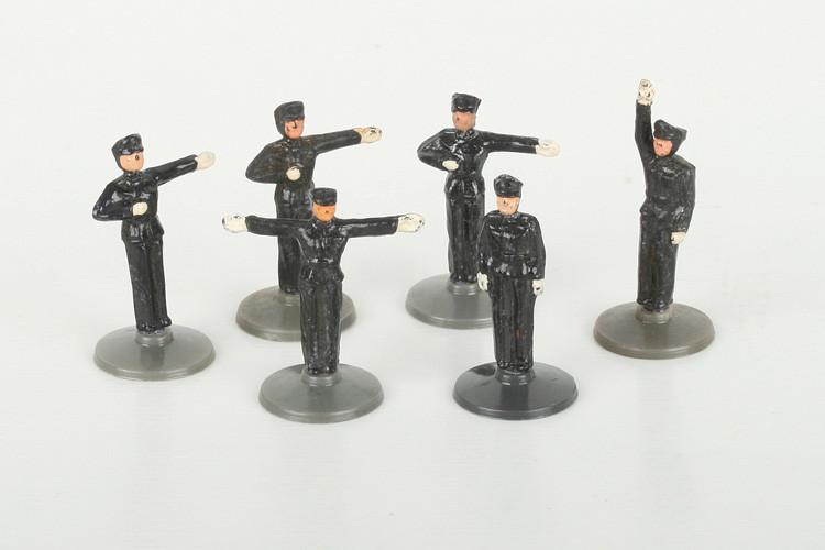 Wiking 6 schwarze Polizisten - ZUSCHLAG Auktionshaus Wrede 220,– Euro