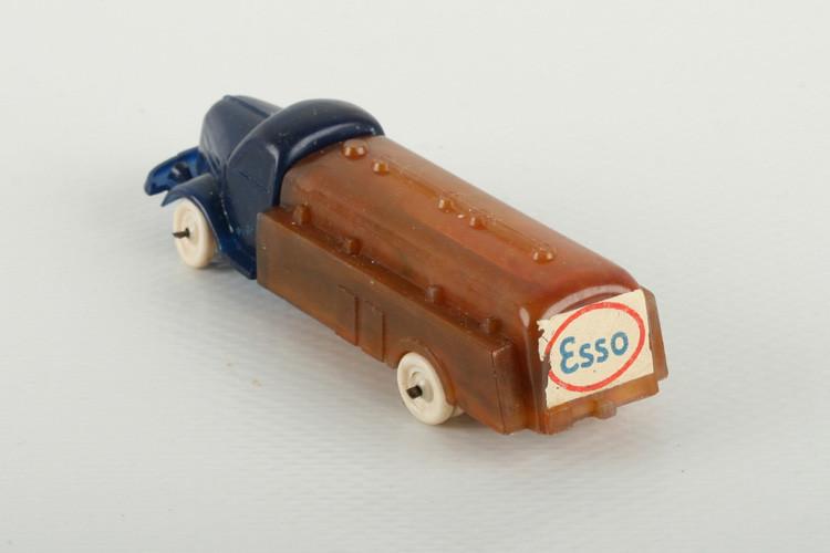 """Wiking Dodge Tankwagen blautransparent/bernstein """"Esso"""" - ZUSCHLAG Auktionshaus Wrede 2.100,– Euro"""