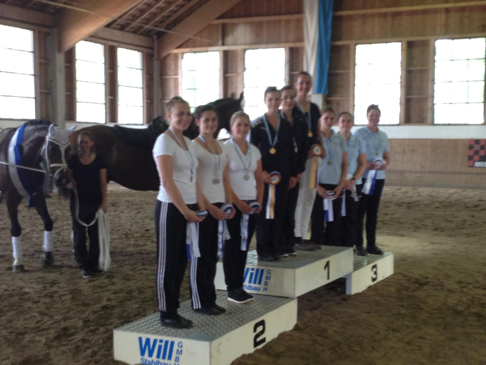 Erstmals gab eine eine Bayerische Meisterschaft im Doppel, bei der Premiere siegte der PSV Niedergebraching, Foto voltibayern