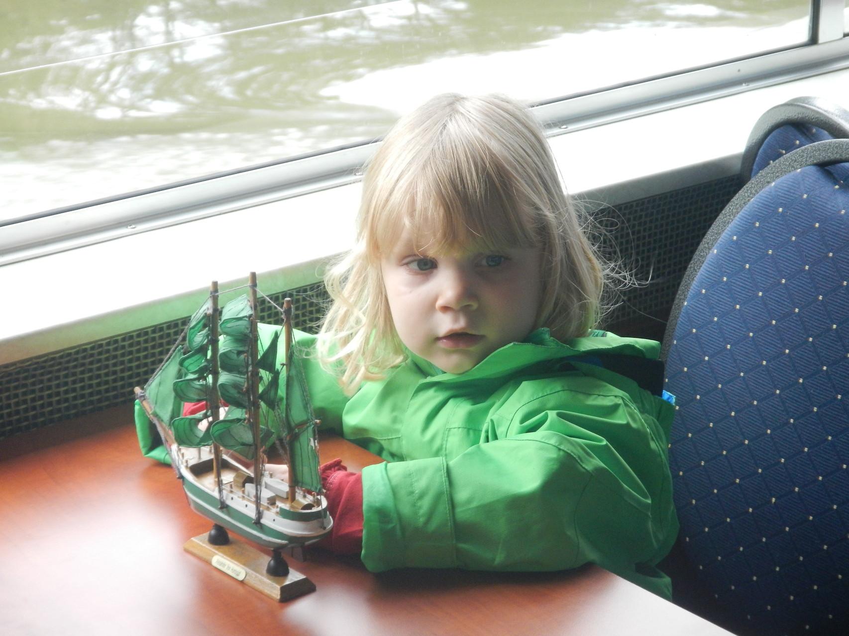 Lea hat Ihr eigenes Schiff