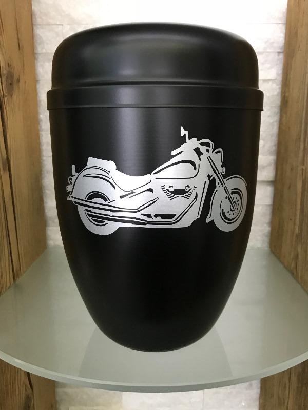 """Urne """"Lightning"""" schwarz mit Suzuki VL800 in silber"""