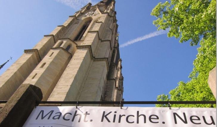 MACHT.KIRCHE.NEU