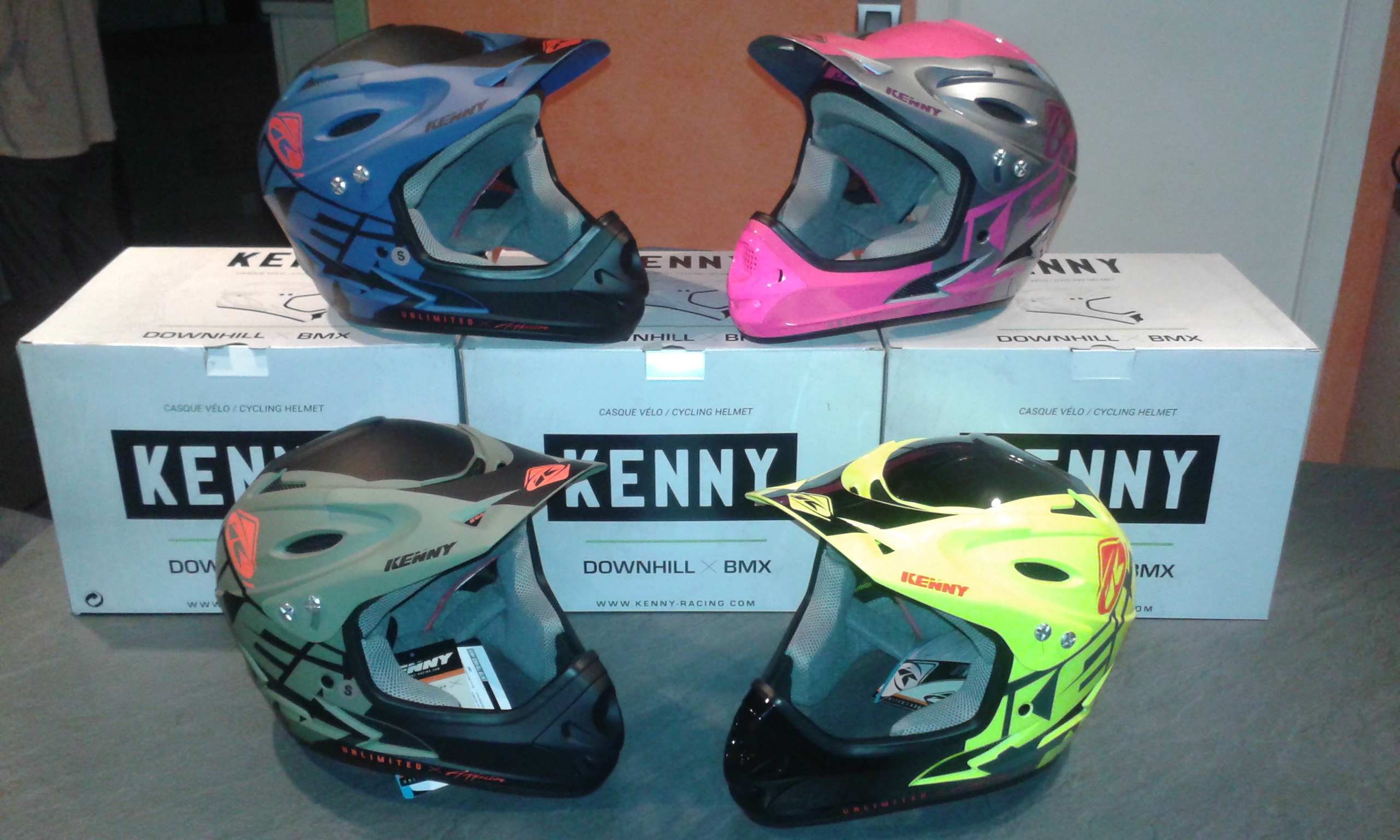 casque kenny bmx - DH  89€00
