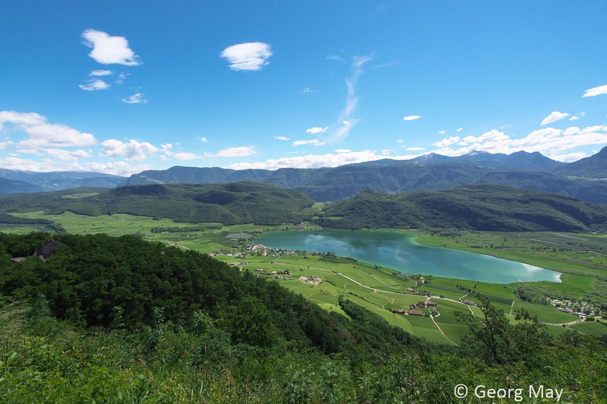 Blick von Altenburg auf den Kalterer See