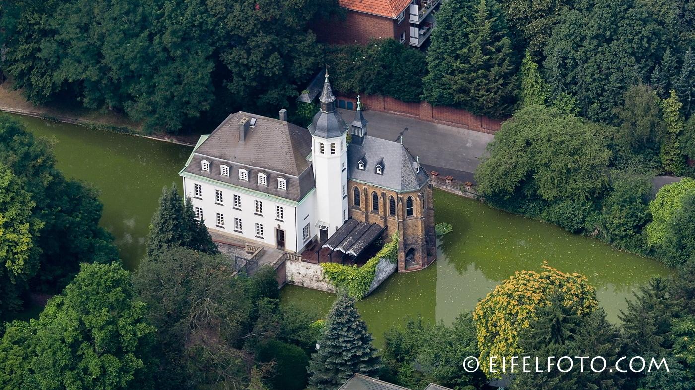 Wasserschloss Weißhaus - ein Juwel in der Kölner City