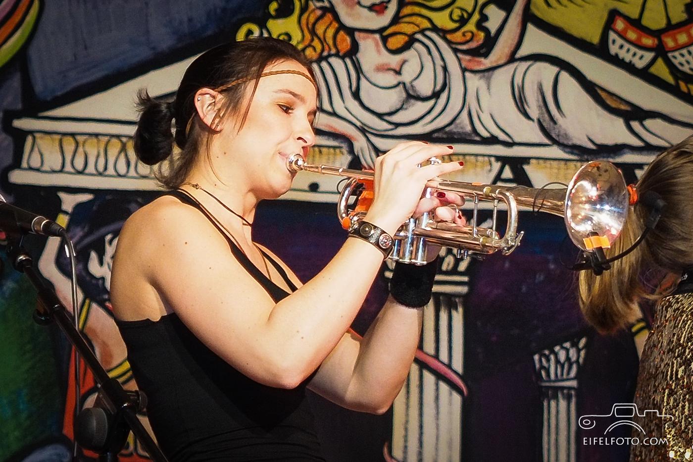 "Wilma Utpadel, Brassband ""Querbeat"""