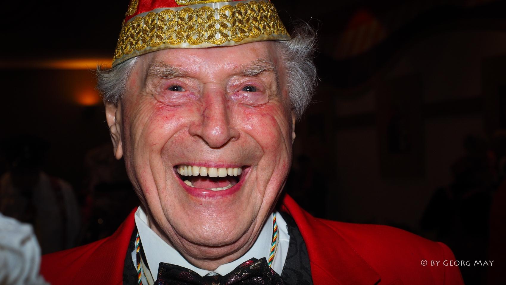 Auch mit über 90 Jahren noch aktiv dabei - Ludwig Sebus, der Grandseigneur des Kölner Karnevals