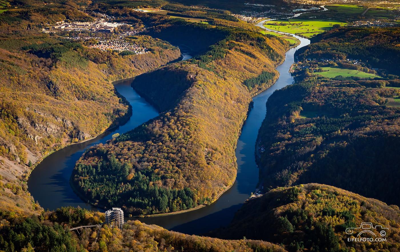 Luftbild: Die Saarschleife mit Mettlach