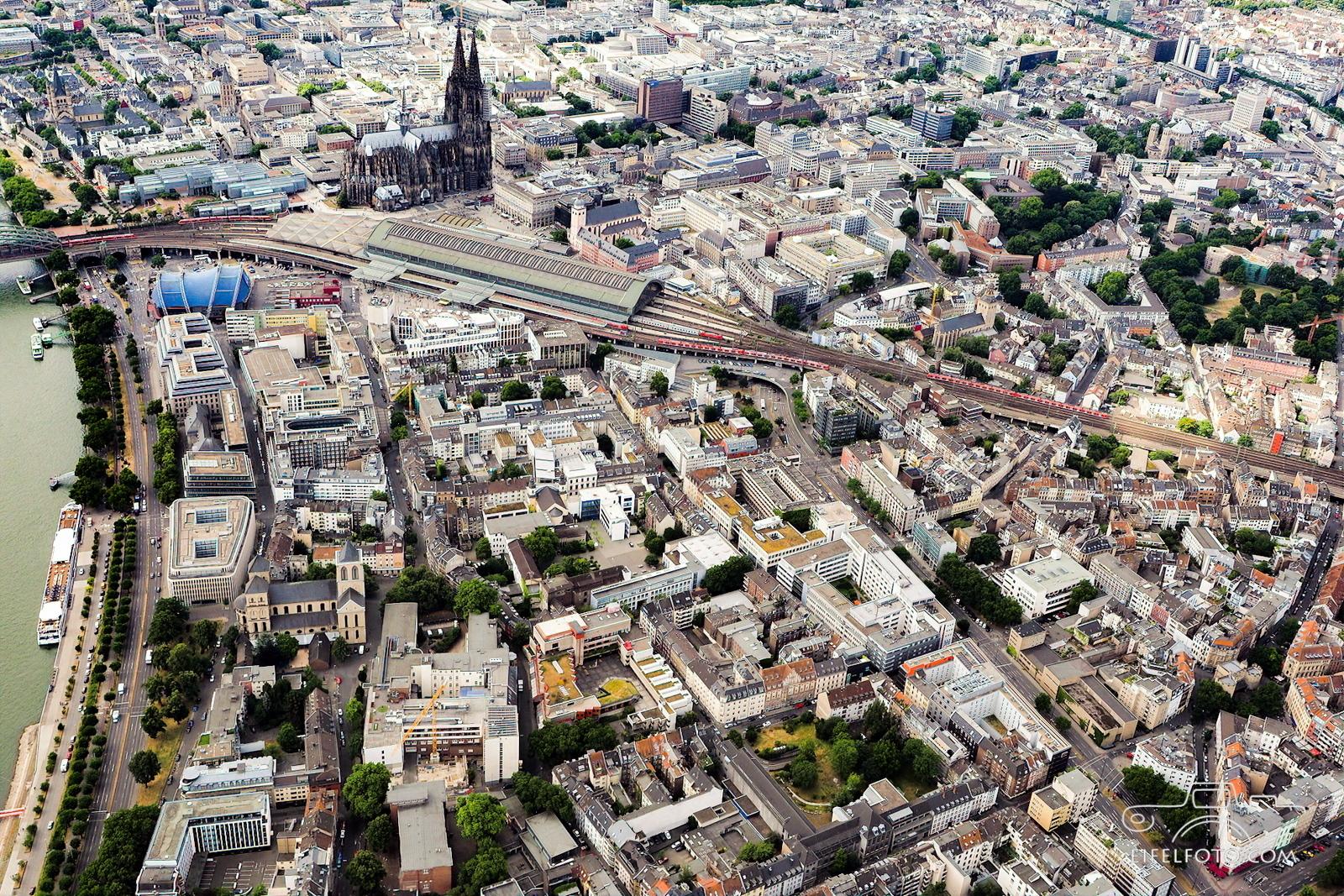 Köln - Domstadt am Rhein. Kunibertsviertel und Eigelstein