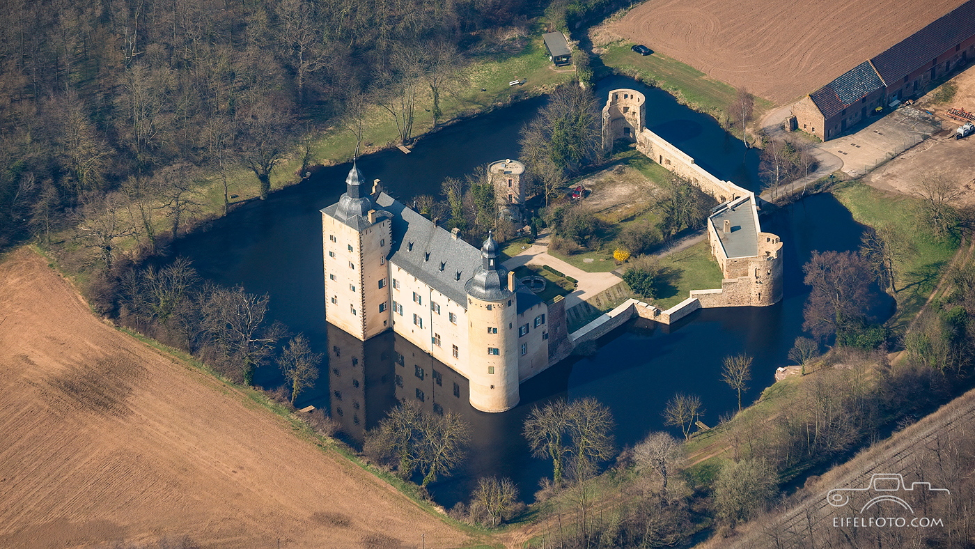 Wasserburg Veynau bei Euskirchen