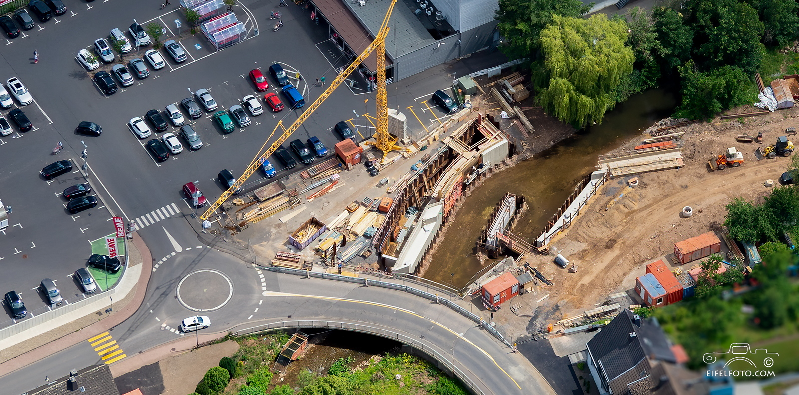Baustellenfotografie: Brückenarbeiten Kall, 20.06.2020